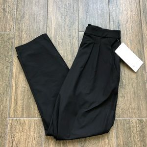 NWT Lululemon Essential Trouser Pant Size 6